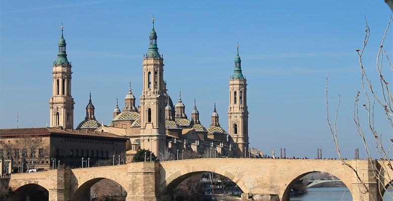 Crece el n mero de visitantes a zaragoza zaragoza ciudad for Zaragoza oficina de turismo